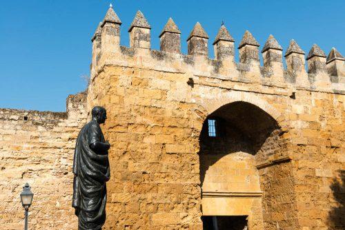 Puerta de Almodovar, Seneca, Mittelalter in Cordoba