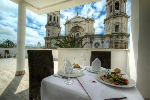 kleines Hotel in Cadiz La Catedral