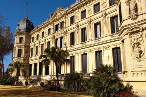 Real Escuela de Arte Ecuestre Jerez, Hofreitschule